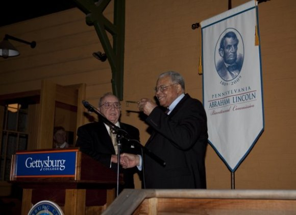Coordinating a media event featuring Gettysburg Mayor William Troxell presenting James Earl Jones with a key to the city