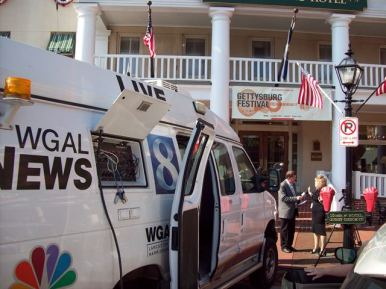 Coordinating live television coverage for Gettysburg Festival, as the Executive Director is interviewed