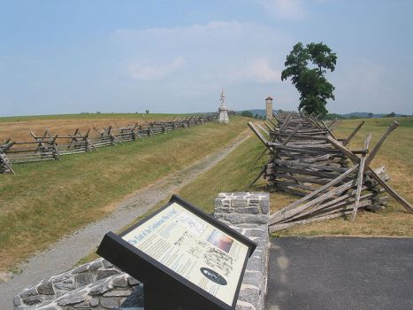 "Looking down ""Bloody Lane,"" Antietam National Battlefield. Credit: Wikimedia Commons"