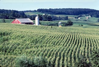 The rolling farmland of Carroll County, Maryland. Credit: Wikimedia Commons